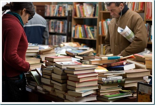 manfaat-membaca-buku