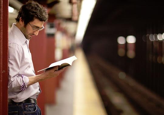 7 Cara Menciptakan Waktu Untuk Membaca Sehari-hari
